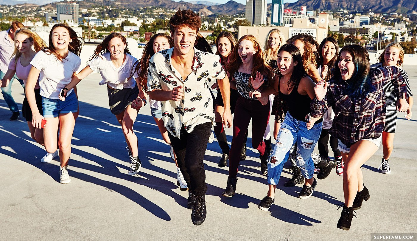 Cameron Dallas' fan chase.