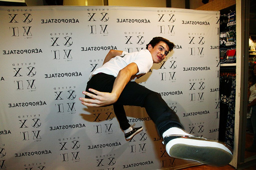 Hayes Grier jumping.