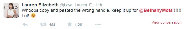 Lauren Elizabeth urges fans to vote.