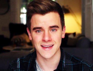 Connor Franta's face.
