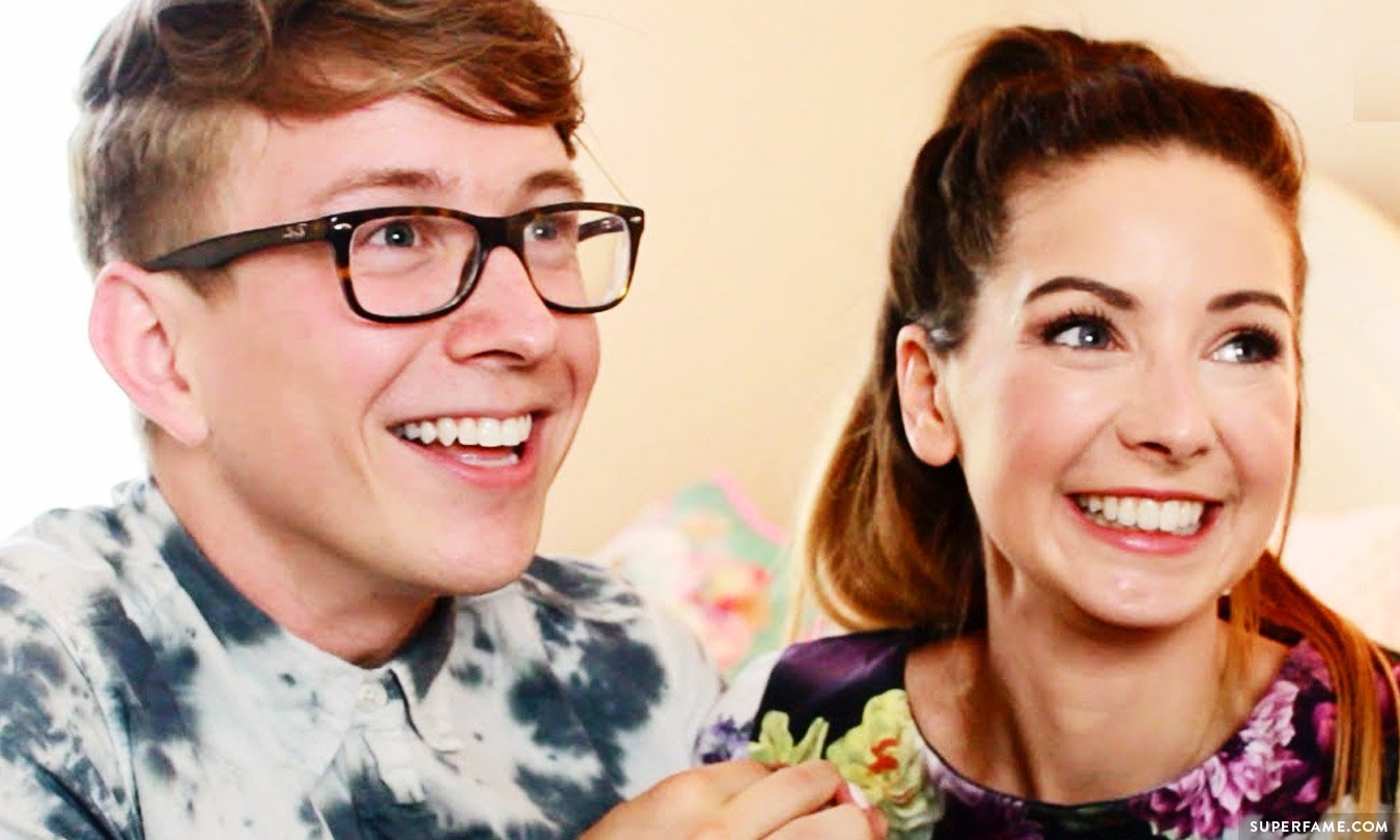 Tyler Oakley Attacks a 16-Year-Old Zoella Hater on TumblrZoella And Tyler Oakley