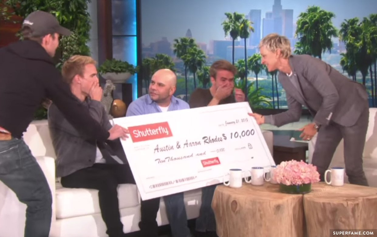 The Rhodes Bros get 10,000 dollars.