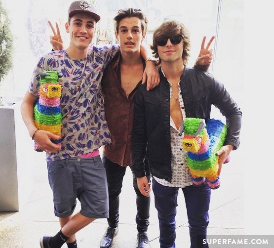 Wesley Stromberg with Kenny Holland and Sam Wilkinson.