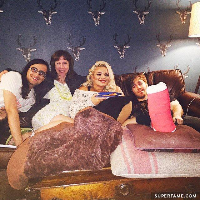 Trisha Paytas, Drew Monson & Shane's mom comfort him.