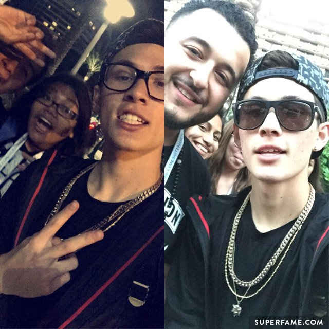 Carter Reynolds hangs out with fans.