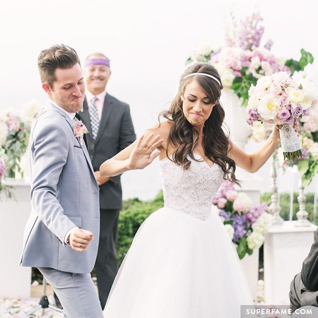 Colleen Ballinger and Josh bodyroll down the aisle.