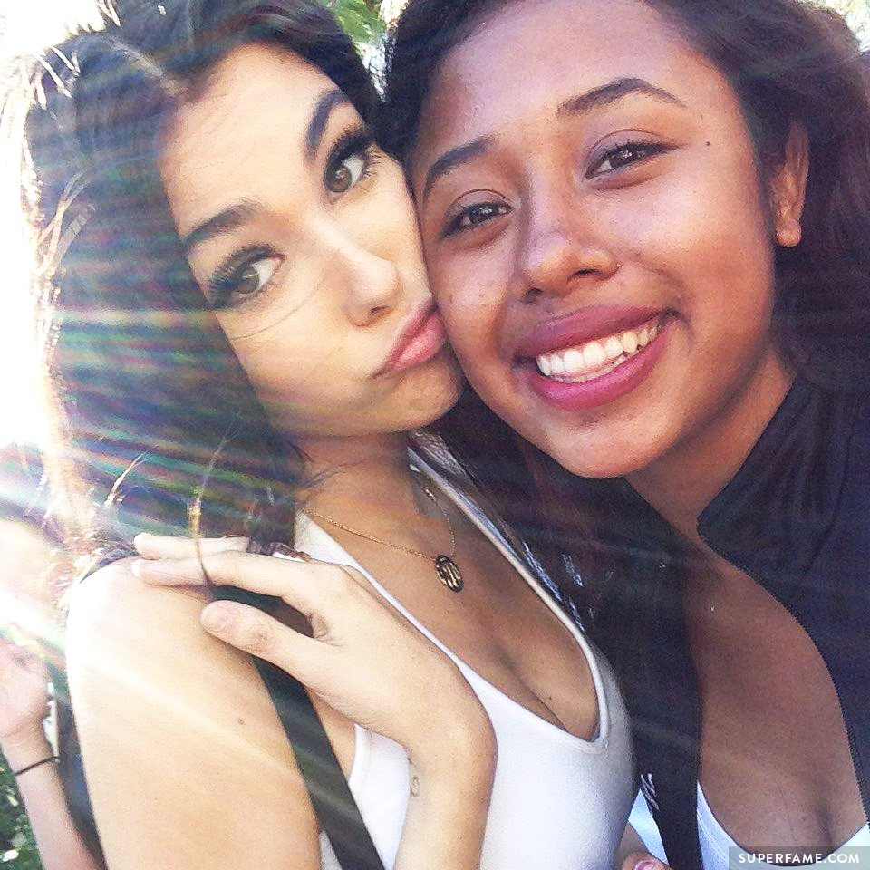 Fan appears to be cool with Madison Beer now.