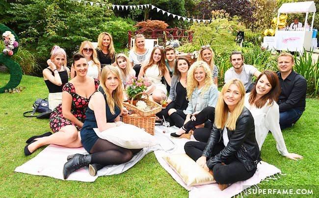 14-garden-party