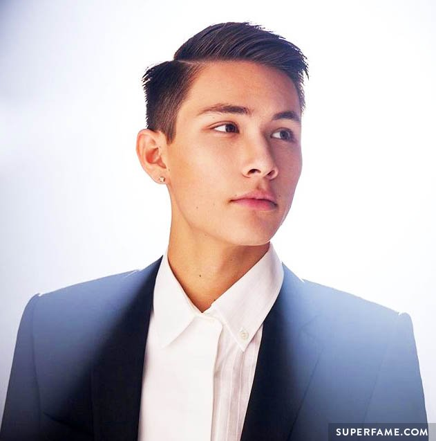 Carter Reynolds cleans up in a suit.