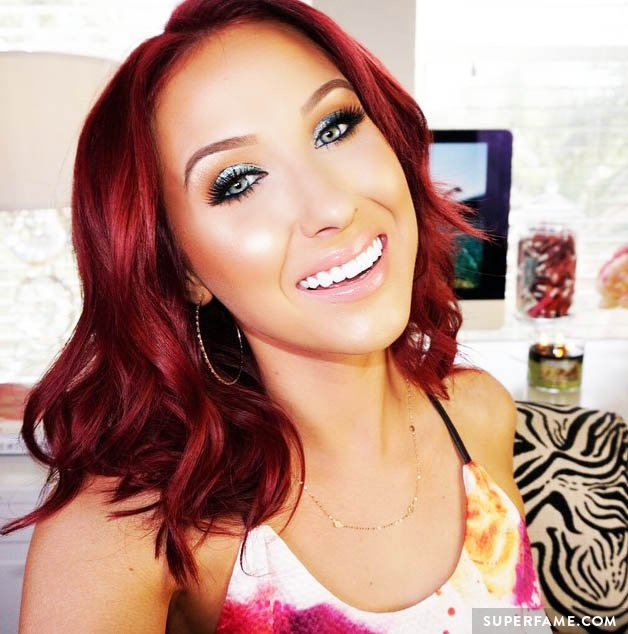Jaclyn Hill smiles for the camera.