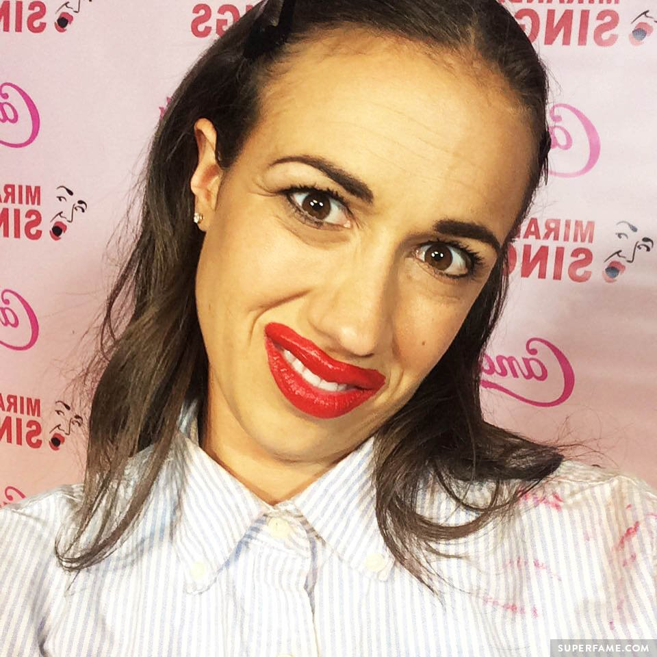 Miranda Sings is looking at you.