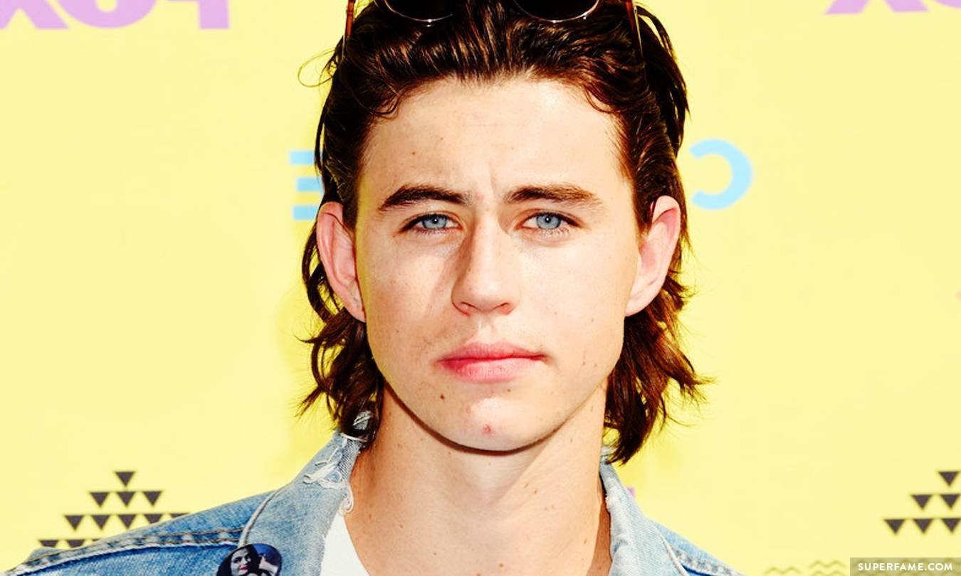 nash grier fires back at fashion police after they trash