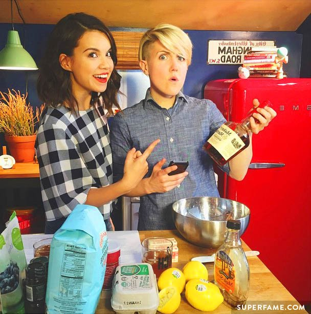 Ingrid Nilsen and Hannah Hart in the kitchen.