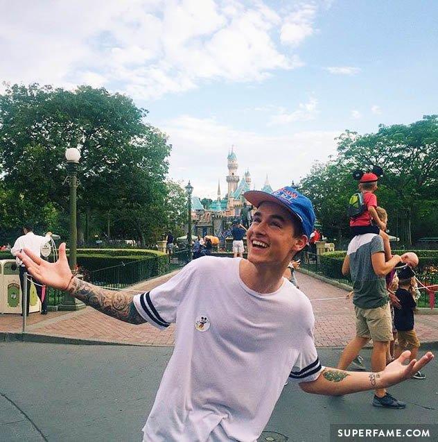 Kian Lawley poses at Disney.