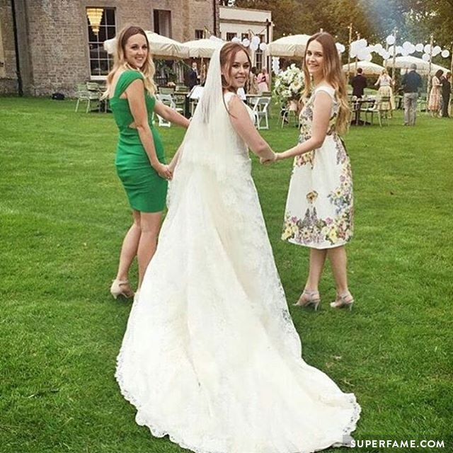 Tanya Burr's wedding dress. (Photo: Instagram)