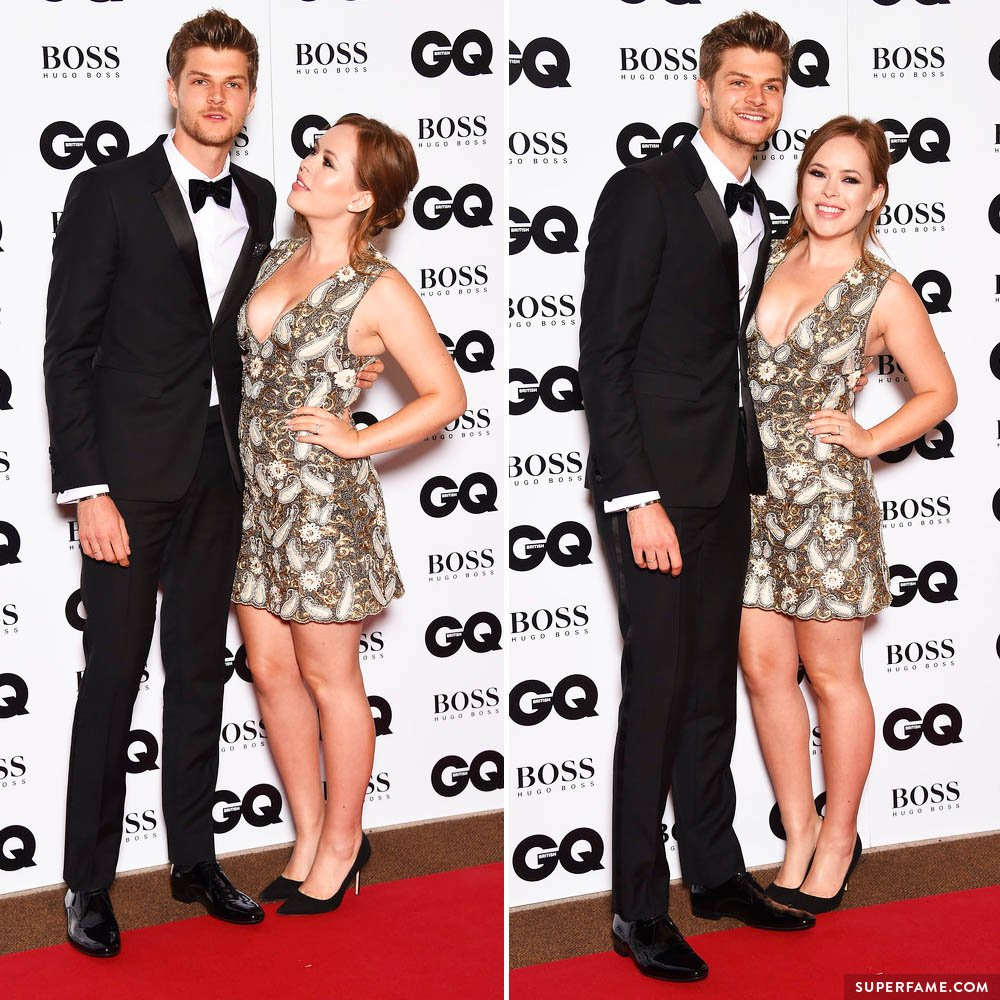 Tanya Burr and Jim Chapman posing.