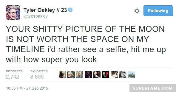 tyleroakley-selfie