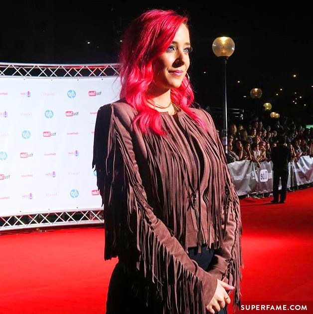 Jenna Marbles on the red carpet.