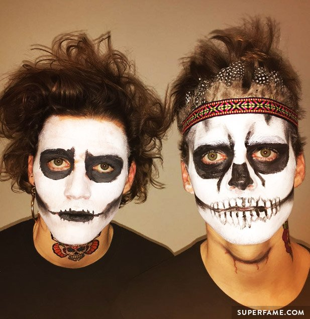 harries-twins-halloween