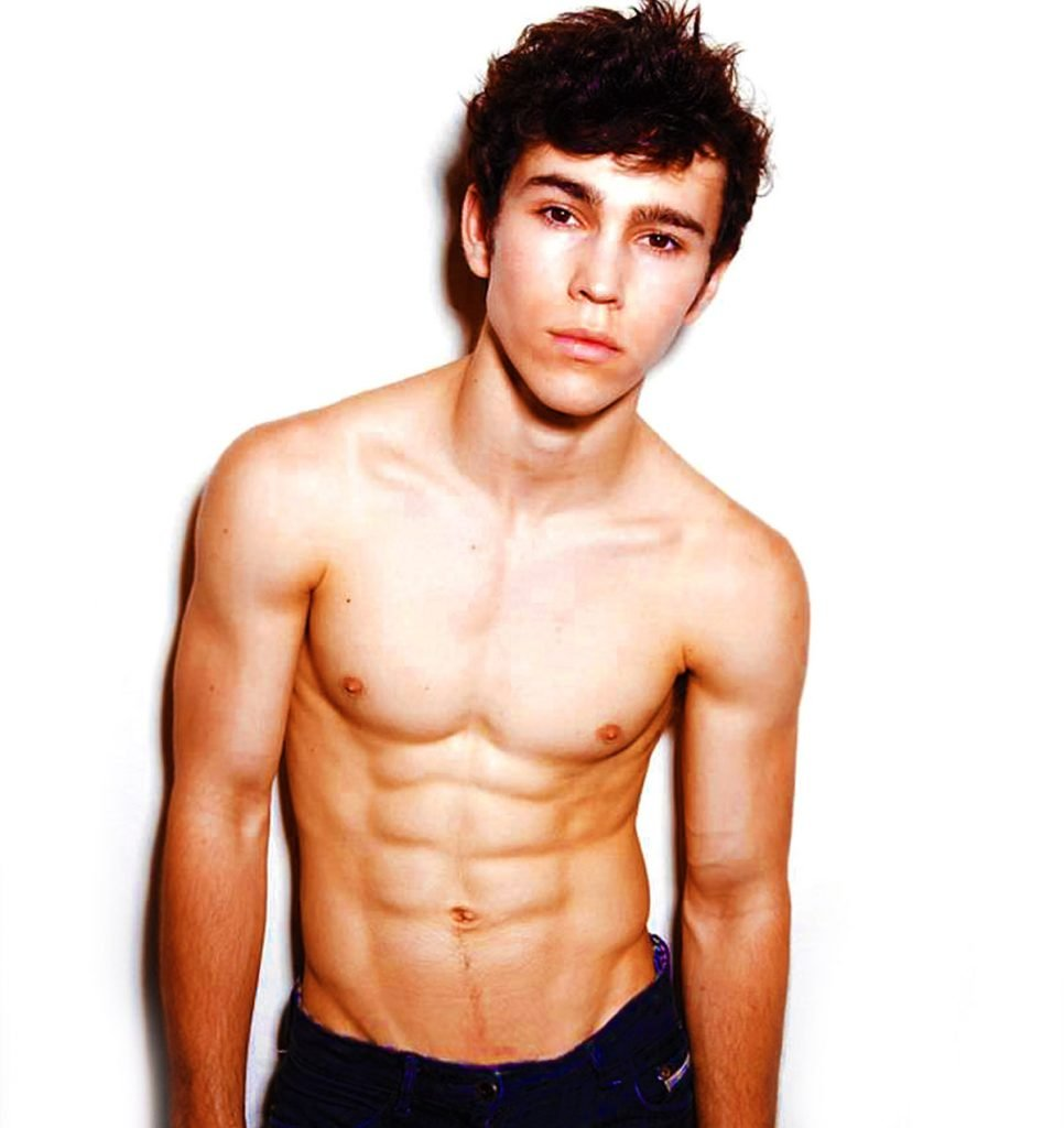 Max Schneider's shirtless six pack.