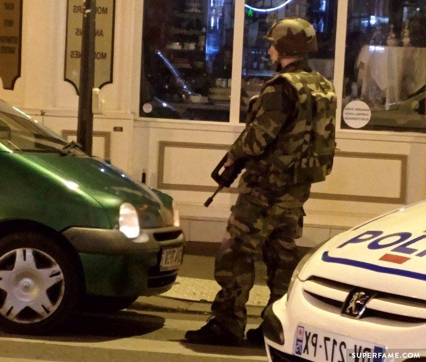 Paris military,