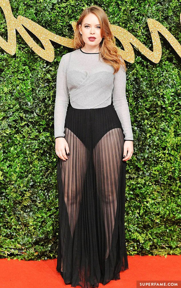 Tanya Burr on the red carpet.