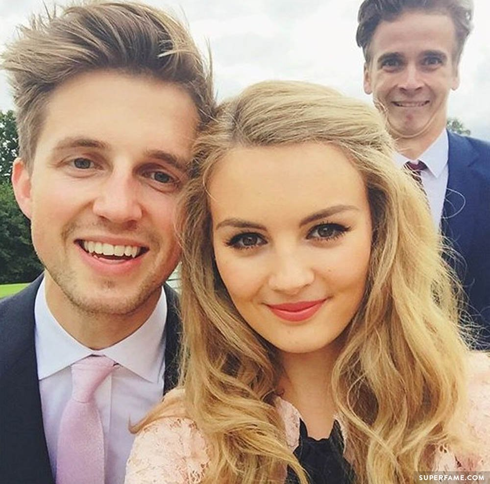 niomi smart and marcus butler dating So marcus butler's girlfriend has finally started her youtube channel: http://www youtubecom/user/niomismart i think she's pretty and she.