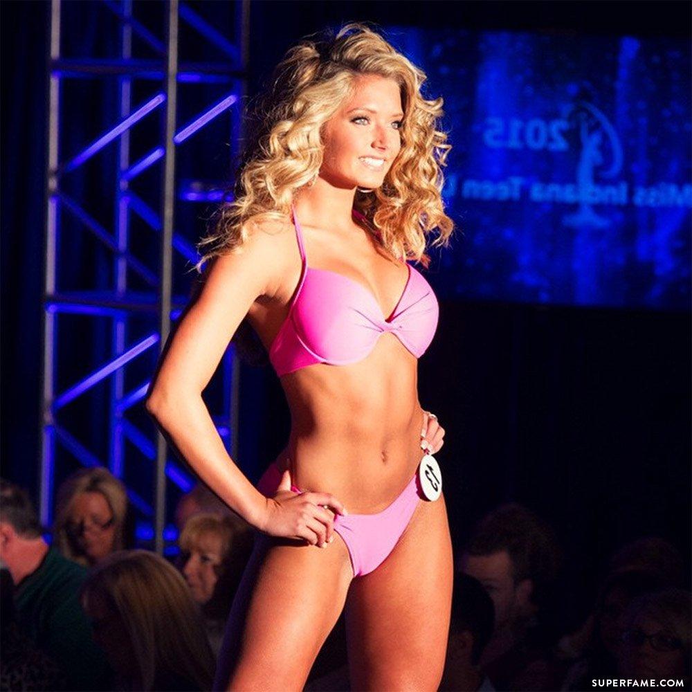 Molly Gilles's bikini.