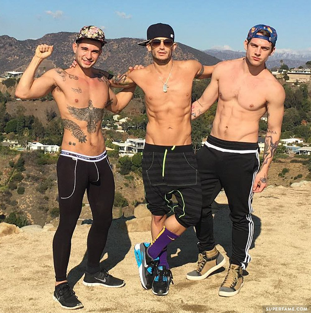 Tayte Hanson and Frankie Grande shirtless.