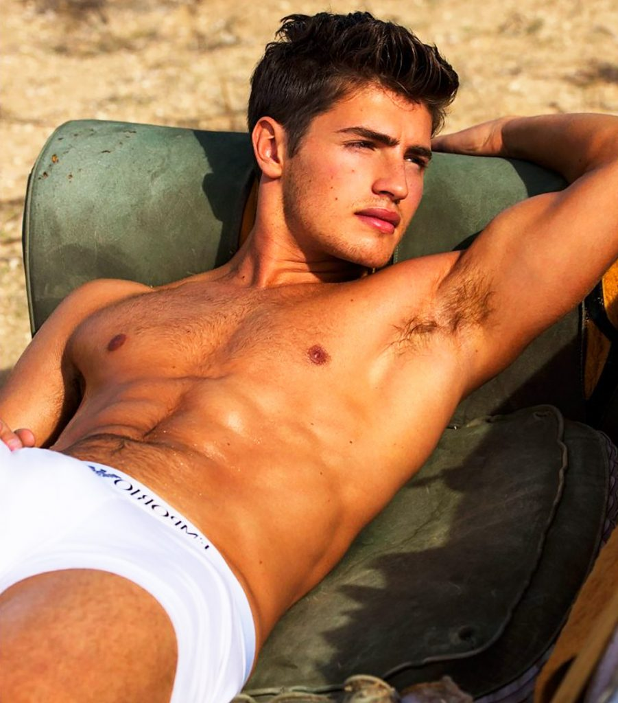 Gregg Sulkin in underwear.