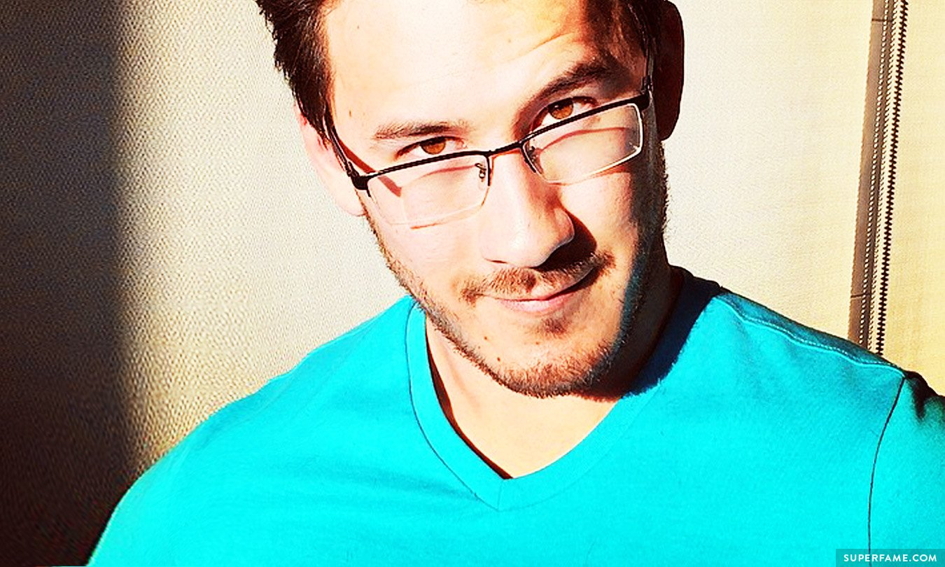 Markiplier Was Hacked & His Earnings Were LEAKED - Superfame Markiplier