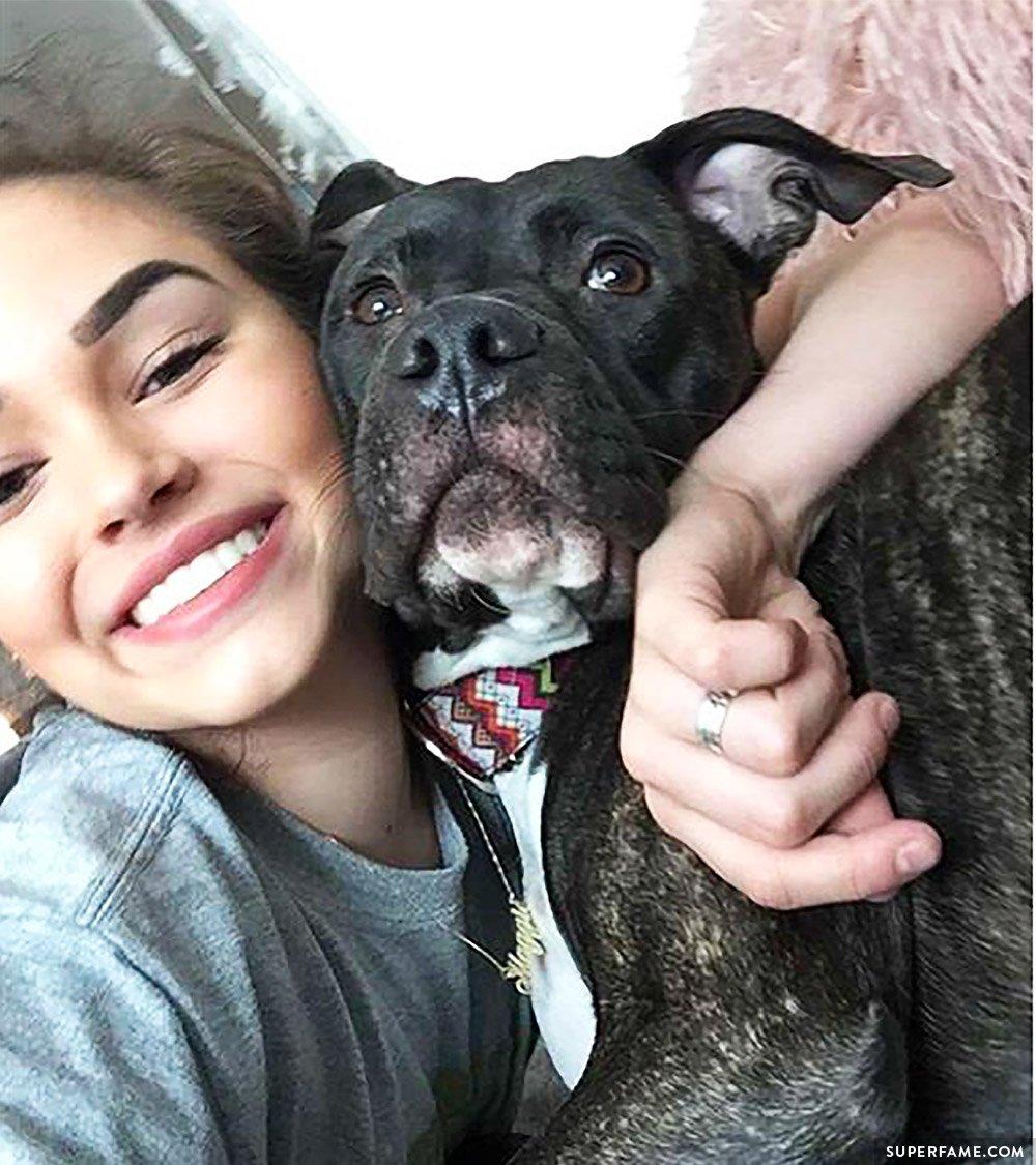 Maggie Lindemann's dog.