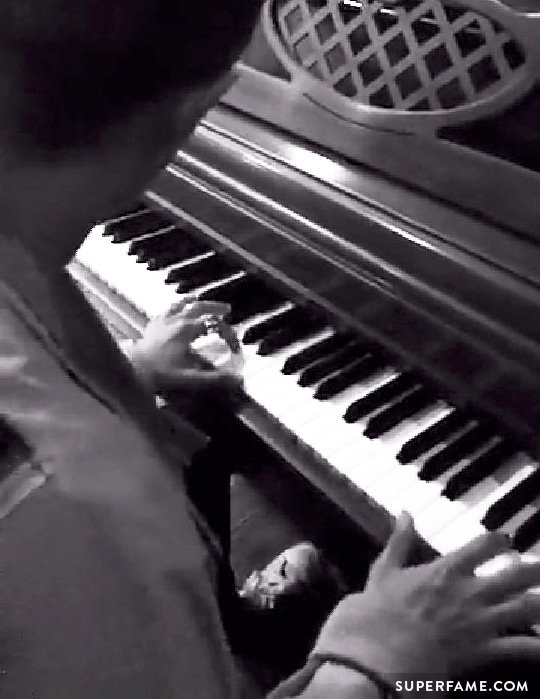 Can Jack J play piano?