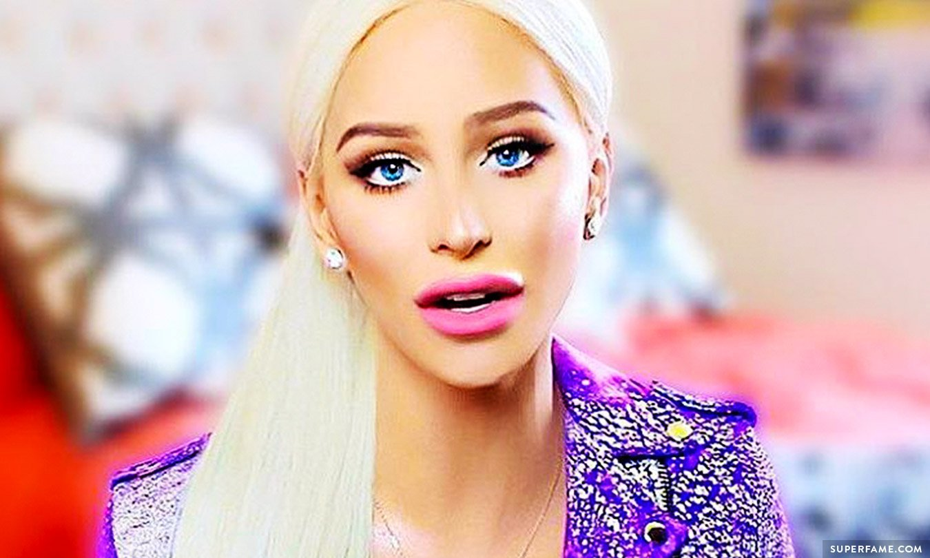 Gigi Gorgeous.
