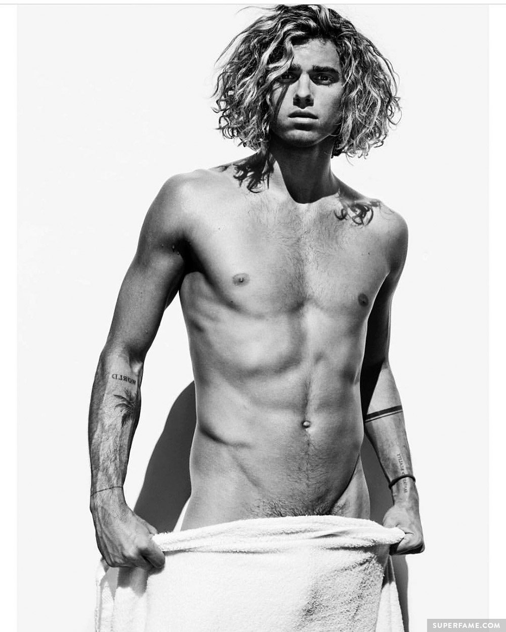 Jay Alvarrez being hot.