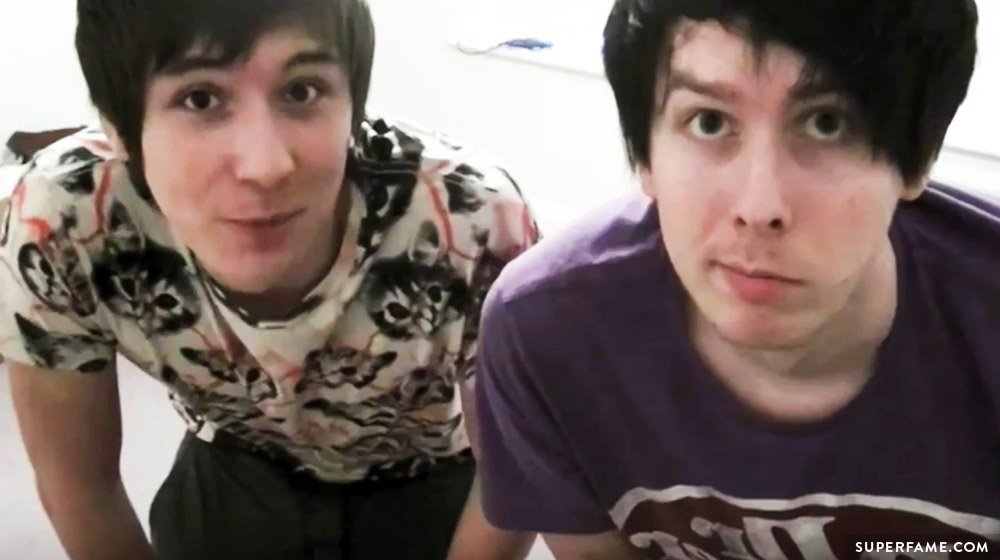 Dan and Phil's old photo.