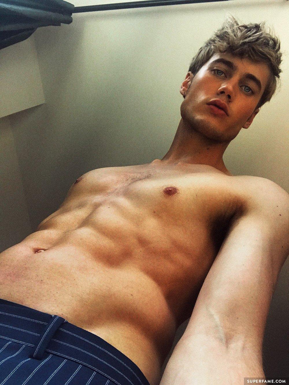 Neels Visser shirtless.