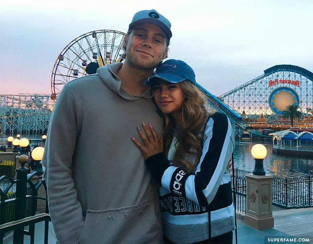 arzaylea and luke dating Here is everything you need to know about 5 luke hemmings' girlfriend or luke hemmings hemmings has been dating and is still with his girlfriend, arzaylea.
